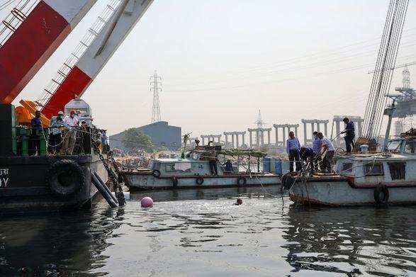 В Бангладеш затонуло пассажирское судно: 21 человек погиб, 50 пропали без вести