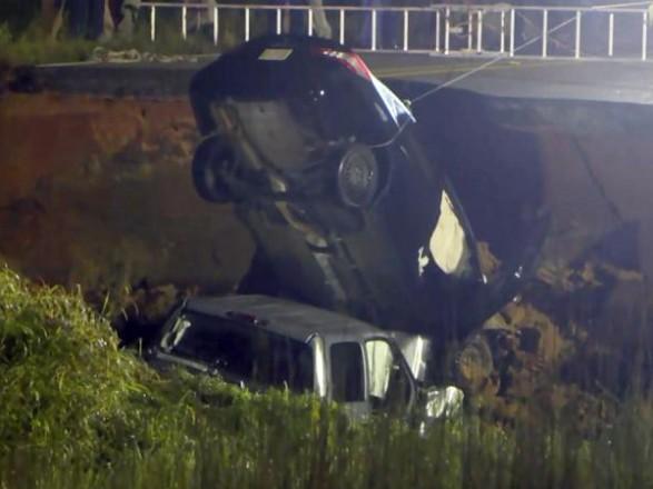 Из-за урагана в Миссисипи обрушилась автомагистраль: есть жертвы