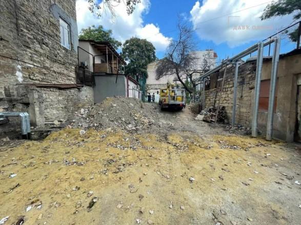 В центре Одессы началось самовольное строительство жилого дома