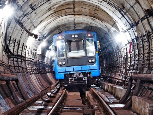 Правительство выделило 100 млн грн для проекта метро на Троещину