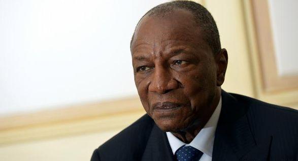 Президент Гвинеи захвачен путчистами: объявлено о роспуске правительства - СМИ