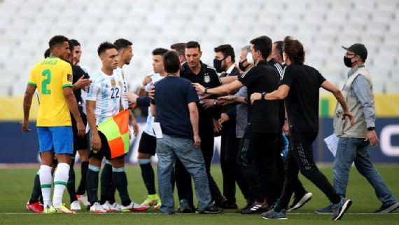 Месси и компания прервали матч Аргентина - Бразилия: что известно