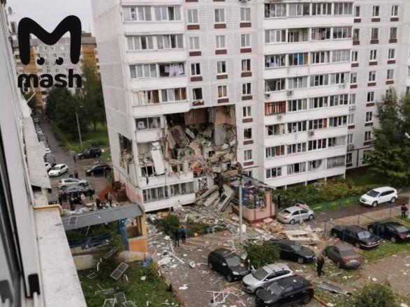 В подмосковном Ногинске взрыв разрушил часть дома, есть пострадавшие