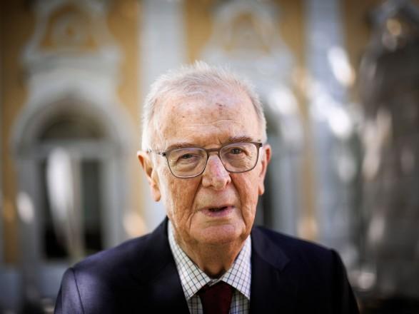 На 82-м году жизни скончался бывший президент Португалии Жорже Сампайо