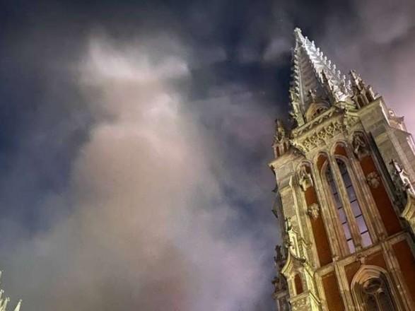 Зеленский поручил Шмыгалю безотлагательно реставрировать костел Святого Николая и установить новый орган