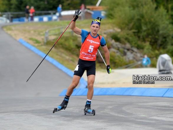Украинец Подручный победил на чемпионате Германии по летнему биатлону