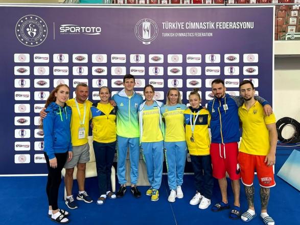 Спортивная гимнастика: украинцы завоевали четыре медали на Кубке мирового вызова