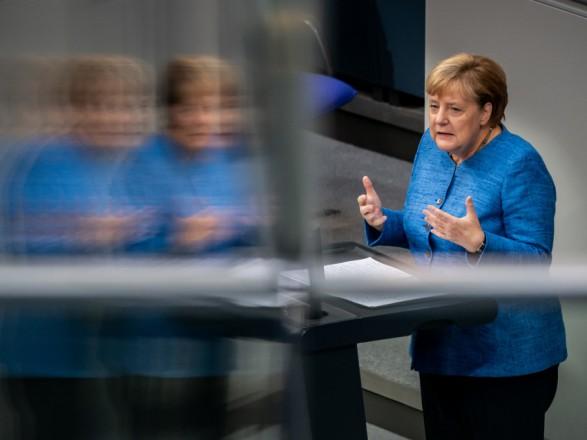 Меркель считает вступление балканских стран в ЕС совершенно необходимым