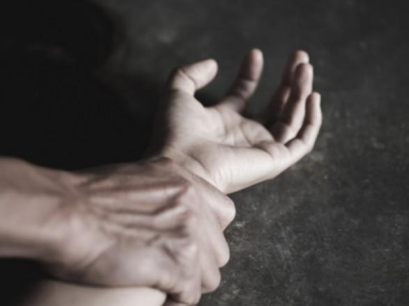 В Ровенской области мужчина изнасиловал малолетнюю в развлекательном комплексе