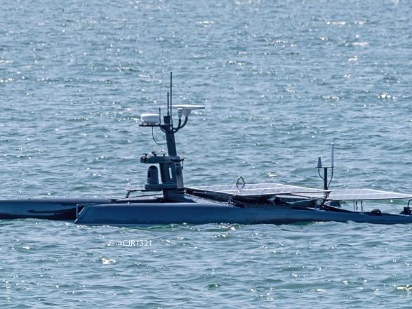 Американские ВМС тестируют корабль-беспилотник с солнечными панелями
