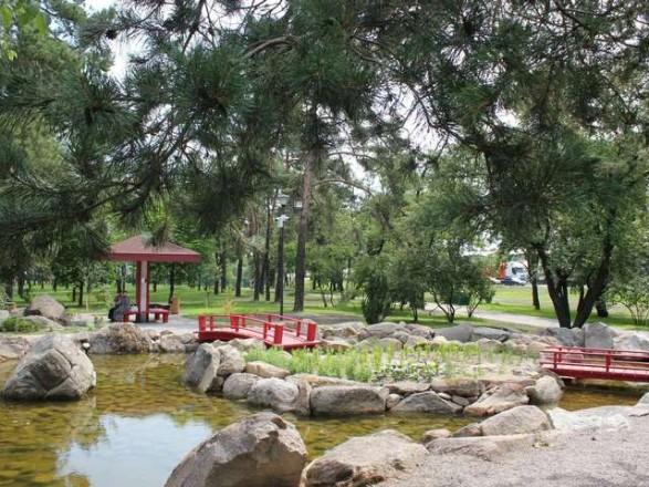 """Столичные чиновники присвоили почти 15 млн грн на реконструкции парка """"Киото"""""""