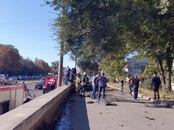 Теракт в Днепре: названы две основные версии подрыва авто