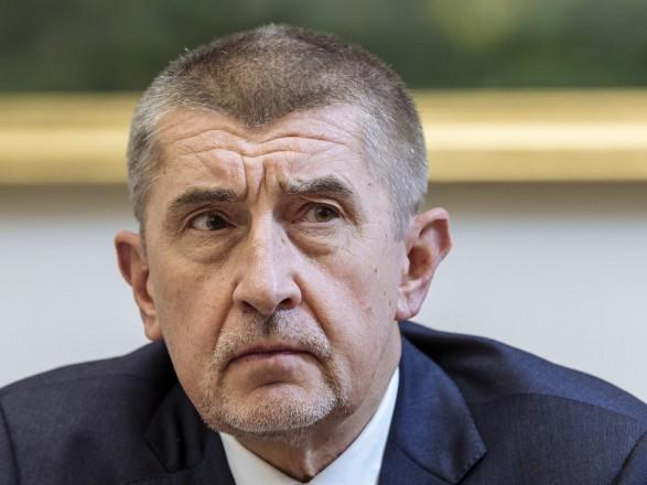 """Премьер Чехии заявил, что Брюссель """"вмешивается в предвыборную кампанию"""" в стране"""