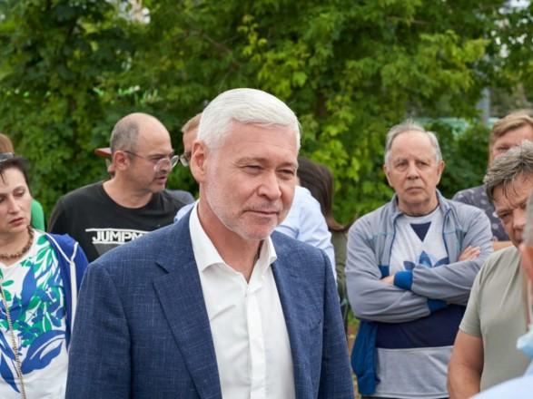 Харьковчане три часа мерзли на улице, чтобы рассказать и. о. мэру о проблемах города