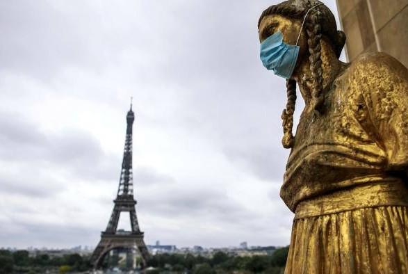 Франция стала седьмой страной мира, где на COVID-19 заболело более 7 млн человек