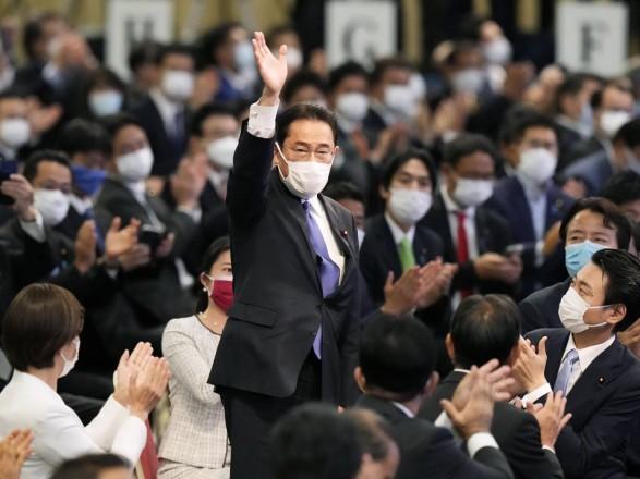 Новым премьером Японии вероятно станет бывший глава МИД Фумио Кисида
