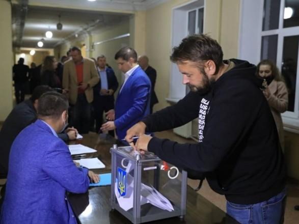 """Буряка отправили в отставку. И.о. мэра Запорожья стал """"слуга"""" Крутев"""