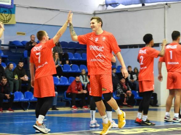 Баскетбол: новичок Суперлиги завоевал дебютную победу в чемпионате