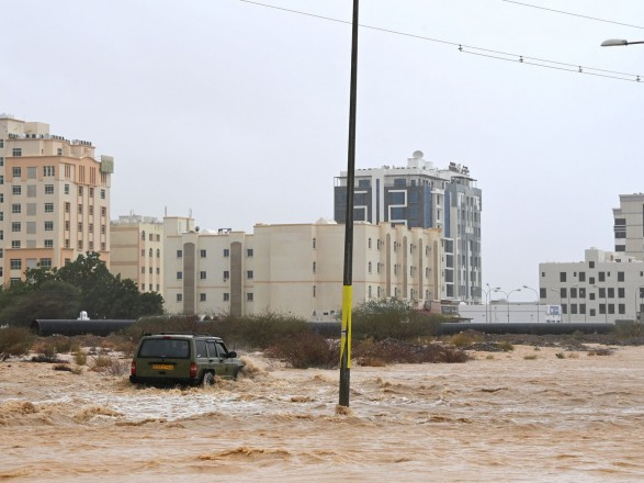 "Тропический циклон ""Шахин"" унес жизни трех жителей Омана"