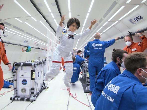 Европейское космическое агентство отправило в космос куклу Барби