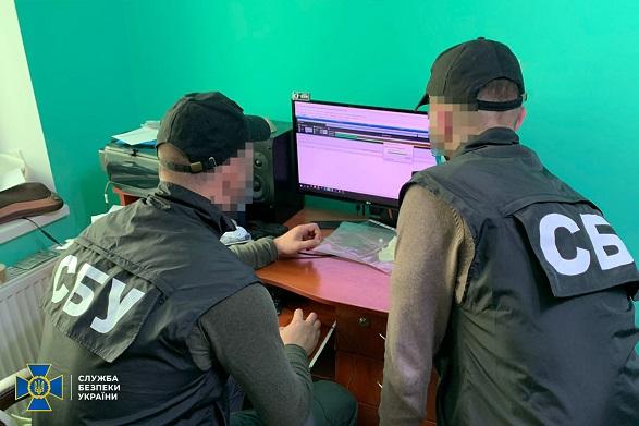 Хакер из Прикарпатья создал «армию ботов» по распространению вирусов: его поймали
