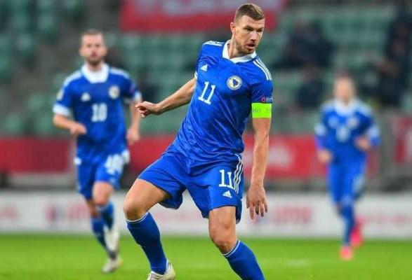 Нападающий Джеко назвал одним из важнейших матч против Украины