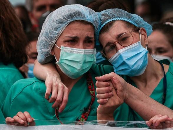 В мире коронавирусом заразились более 239 млн человек