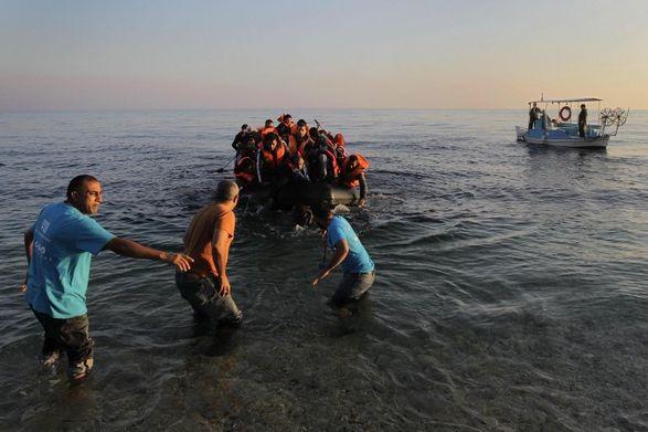 Более 200 мигрантов были спасены из лодок на пути к Канарским островам