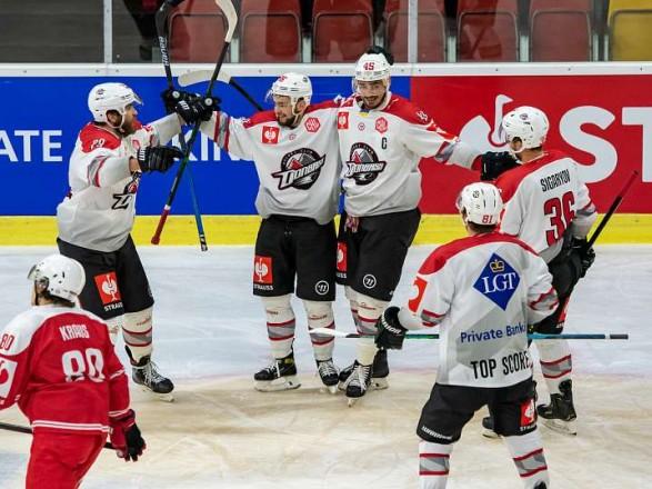 """Хокей: """"Донбас"""" завдав першої поразки лідеру групового етапу Ліги чемпіонів"""