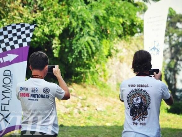 Фестиваль дронів та Чемпіонат Східної Європи з дрон-рейсингу стартували в Ужгороді - фото 2