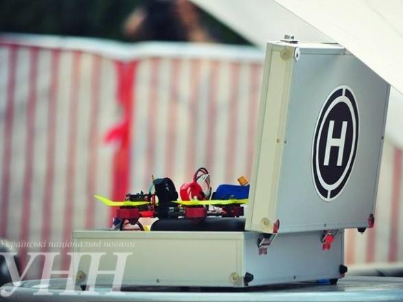 Фестиваль дронів та Чемпіонат Східної Європи з дрон-рейсингу стартували в Ужгороді - фото 4