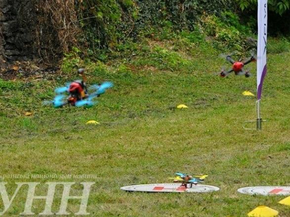 Фестиваль дронів та Чемпіонат Східної Європи з дрон-рейсингу стартували в Ужгороді - фото 10