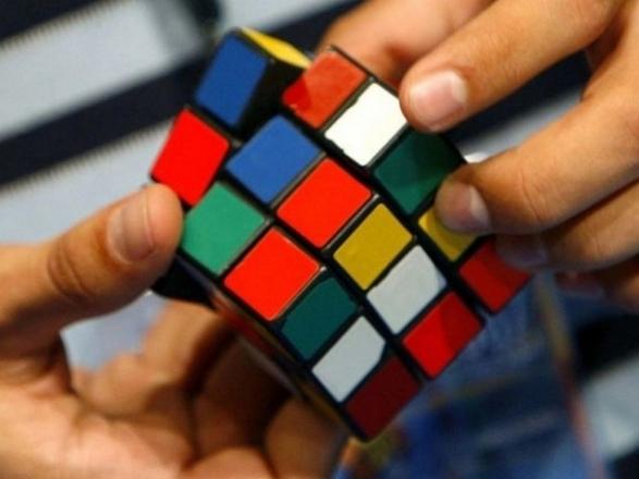 выборе размера мировой рекорд собирания кубика рубика ткани, отличающаяся специальным